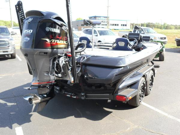 2021 Skeeter boat for sale, model of the boat is FXR21 Apex & Image # 4 of 36