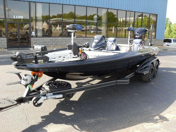 2021 Skeeter boat for sale, model of the boat is FXR21 Apex & Image # 5 of 36