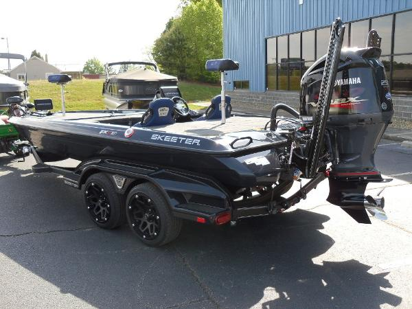 2021 Skeeter boat for sale, model of the boat is FXR21 Apex & Image # 7 of 36