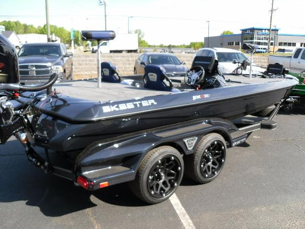 2021 Skeeter boat for sale, model of the boat is FXR21 Apex & Image # 9 of 36