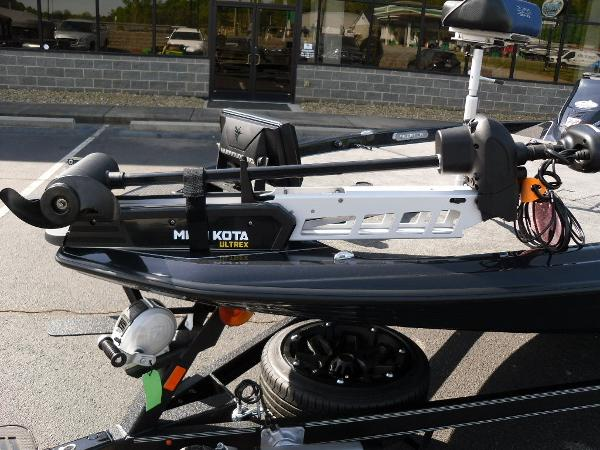 2021 Skeeter boat for sale, model of the boat is FXR21 Apex & Image # 12 of 36
