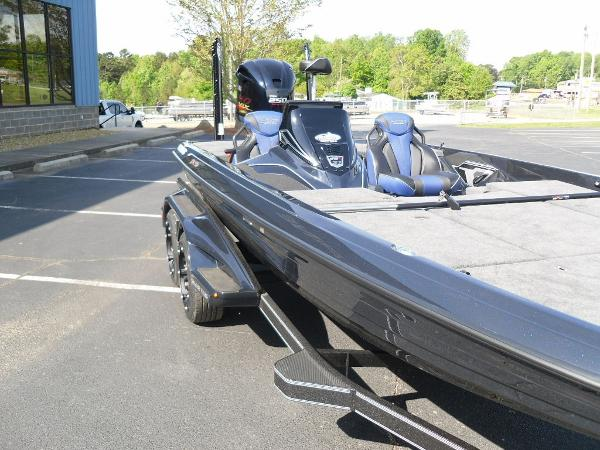 2021 Skeeter boat for sale, model of the boat is FXR21 Apex & Image # 15 of 36