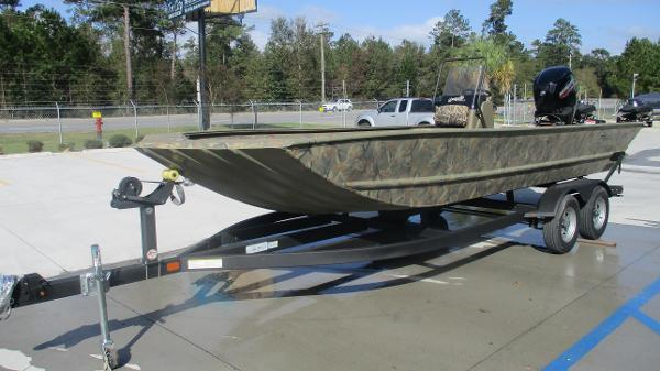 2020 Tracker Boats boat for sale, model of the boat is Grizzly 2072 CC & Image # 2 of 42