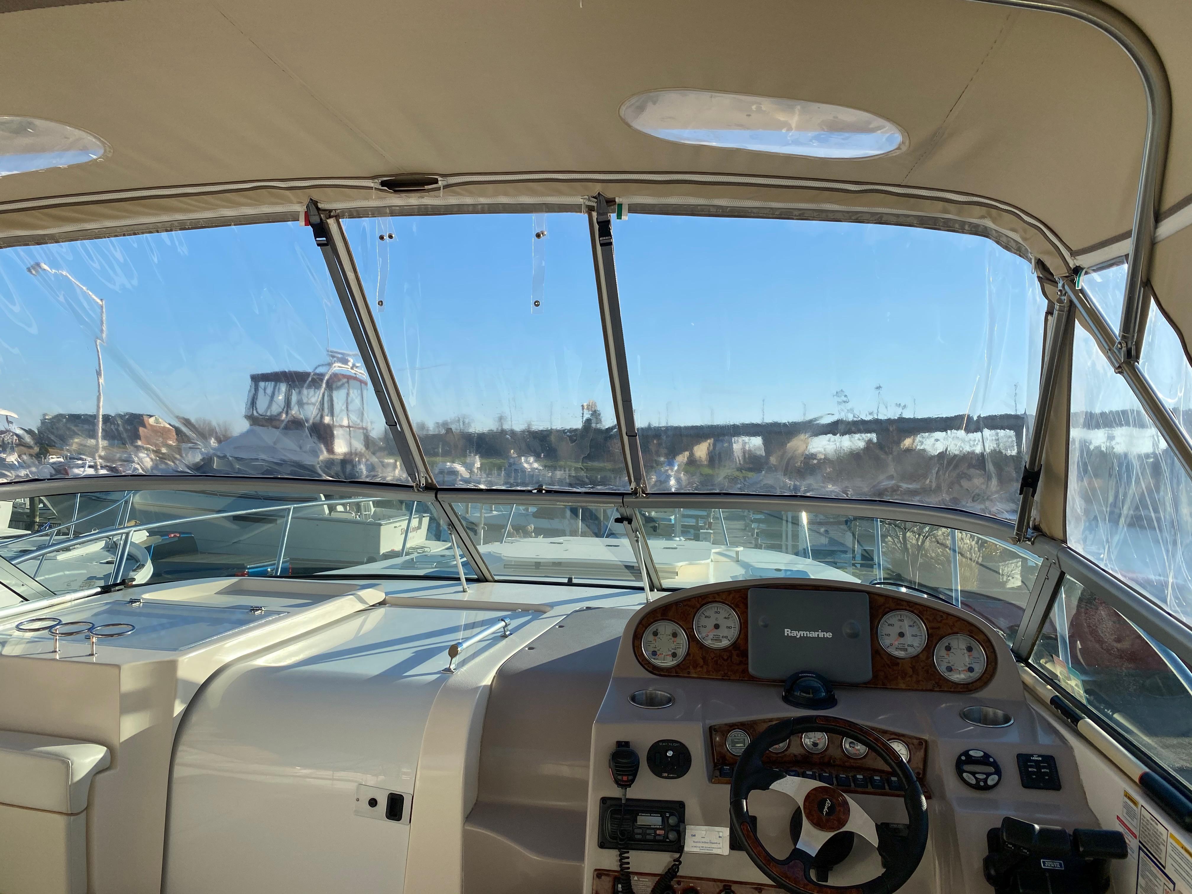 M 5890 JP Knot 10 Yacht Sales