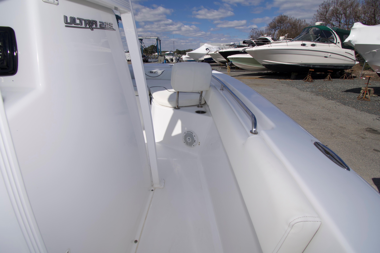 M 5961 JB Knot 10 Yacht Sales