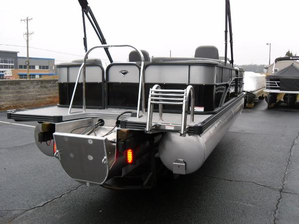 2021 Manitou boat for sale, model of the boat is RF 23 Aurora LE VP & Image # 33 of 43