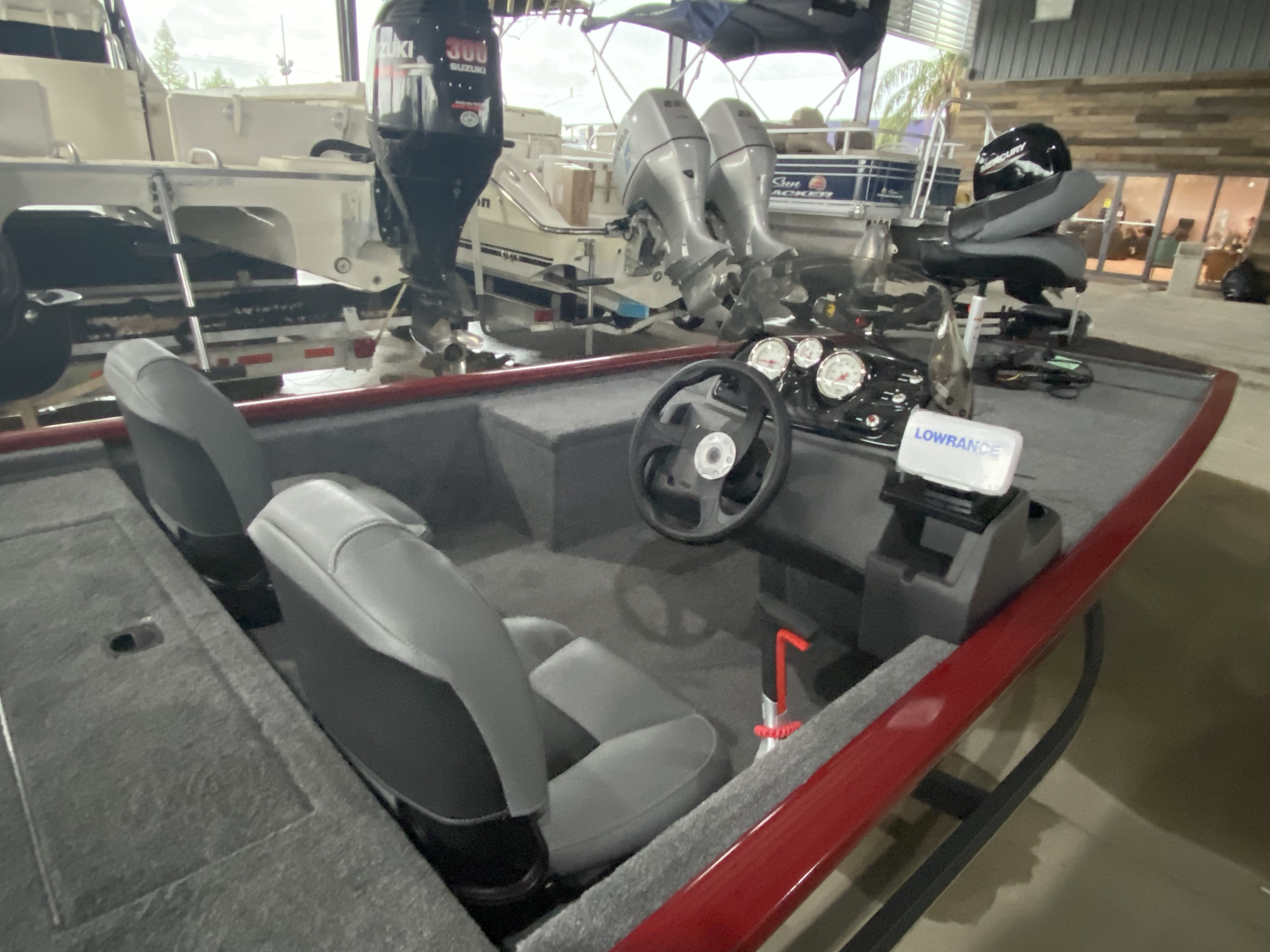 2021 Tracker Boats boat for sale, model of the boat is Pro 170 & Image # 2 of 10
