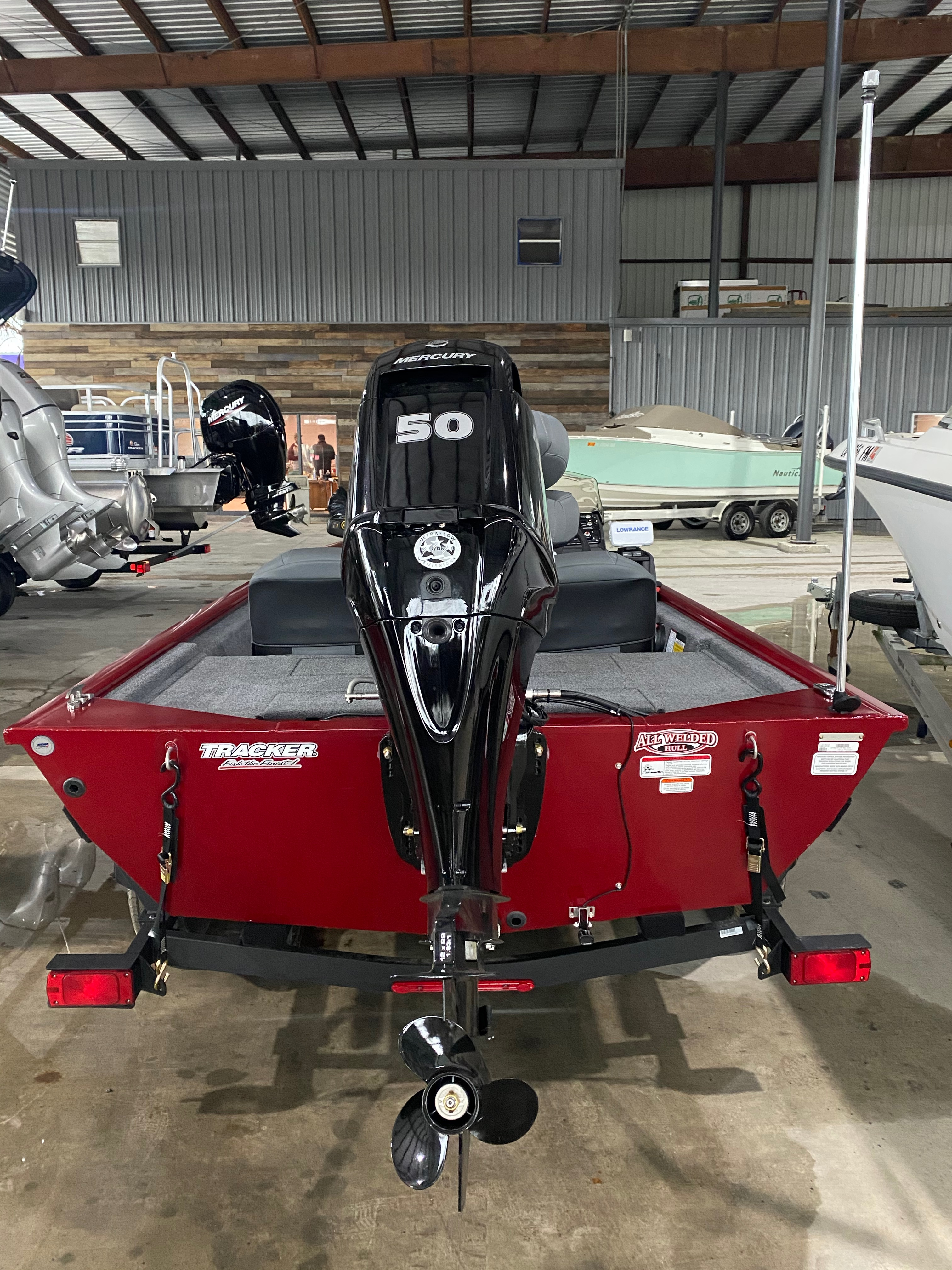 2021 Tracker Boats boat for sale, model of the boat is Pro 170 & Image # 6 of 10