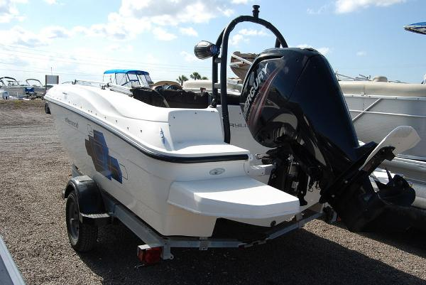 2018 Bayliner boat for sale, model of the boat is E-18 & Image # 2 of 11