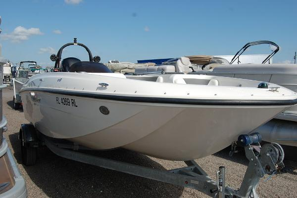 2018 Bayliner boat for sale, model of the boat is E-18 & Image # 3 of 11