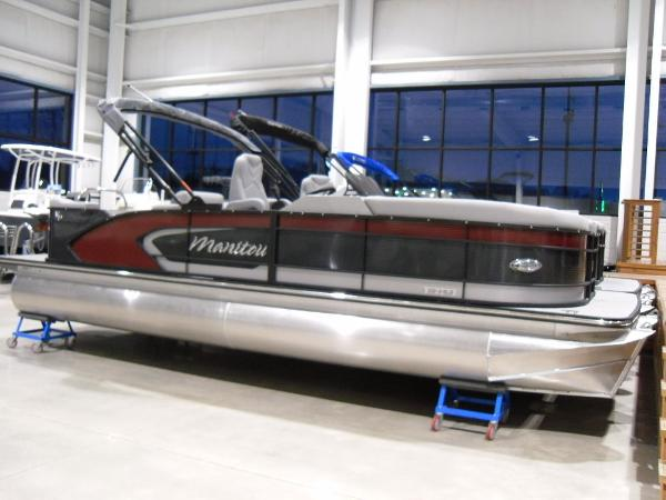 2021 Manitou boat for sale, model of the boat is SR 23 Encore VP & Image # 3 of 20