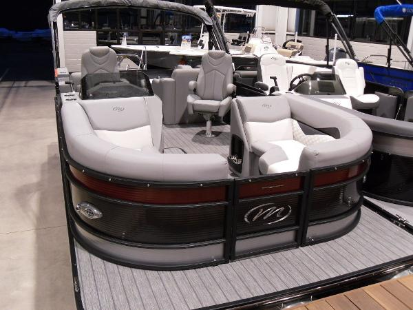 2021 Manitou boat for sale, model of the boat is SR 23 Encore VP & Image # 14 of 20