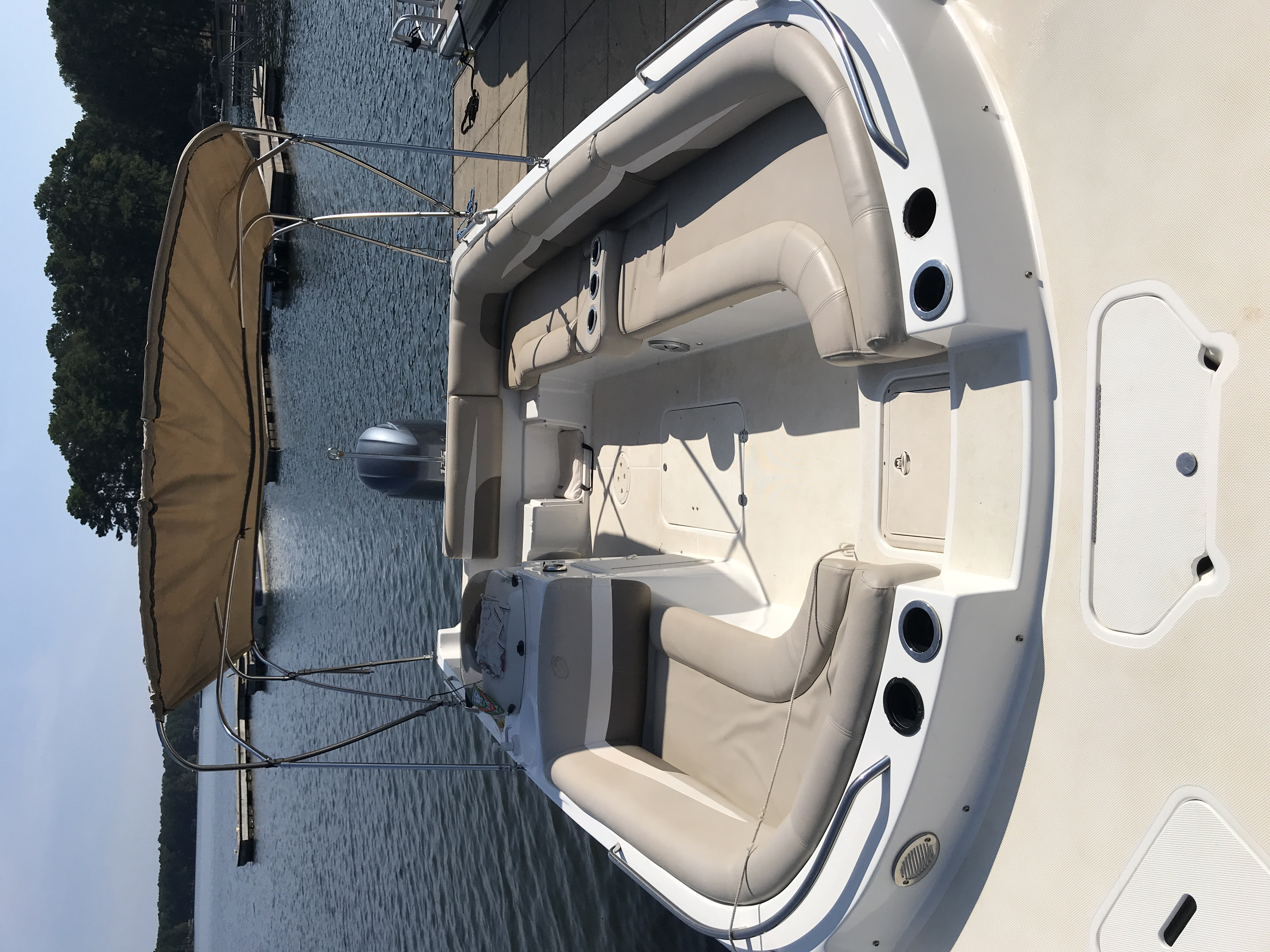 2017 Hurricane boat for sale, model of the boat is SS 201 & Image # 16 of 19