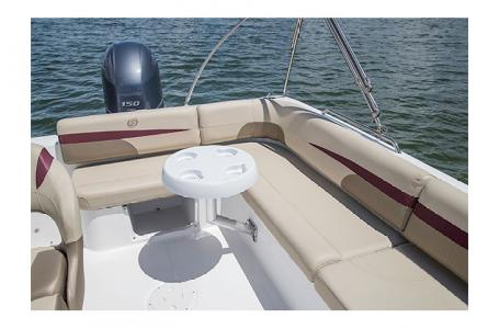 2017 Hurricane boat for sale, model of the boat is SS 201 & Image # 6 of 19