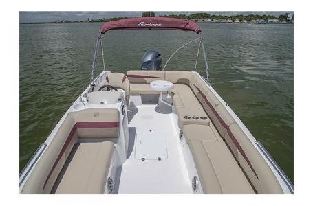 2017 Hurricane boat for sale, model of the boat is SS 201 & Image # 13 of 19