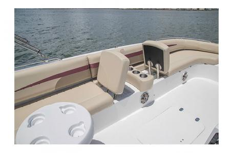 2017 Hurricane boat for sale, model of the boat is SS 201 & Image # 9 of 19