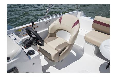 2017 Hurricane boat for sale, model of the boat is SS 201 & Image # 10 of 19