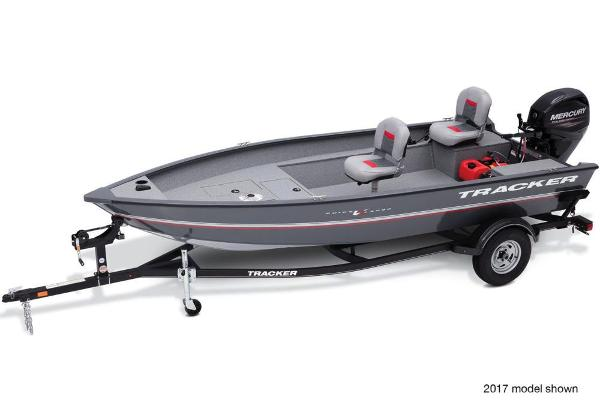 2018 Tracker Boats boat for sale, model of the boat is Guide V-16 Laker DLX T & Image # 1 of 11