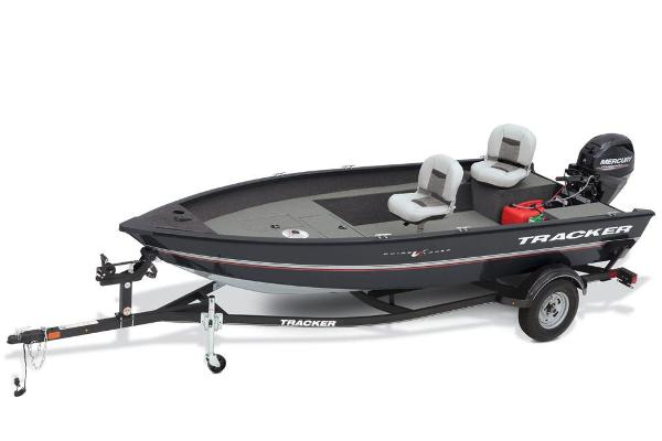 2018 Tracker Boats boat for sale, model of the boat is Guide V-16 Laker DLX T & Image # 2 of 11