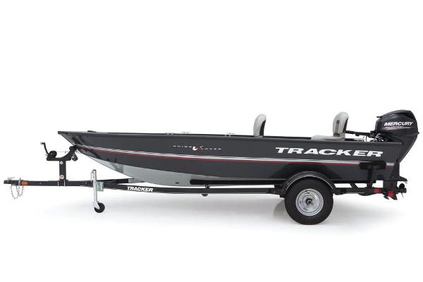 2018 Tracker Boats boat for sale, model of the boat is Guide V-16 Laker DLX T & Image # 4 of 11