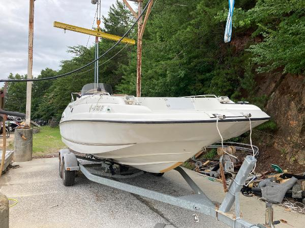 1999 Regal boat for sale, model of the boat is Destiny 240 & Image # 1 of 4