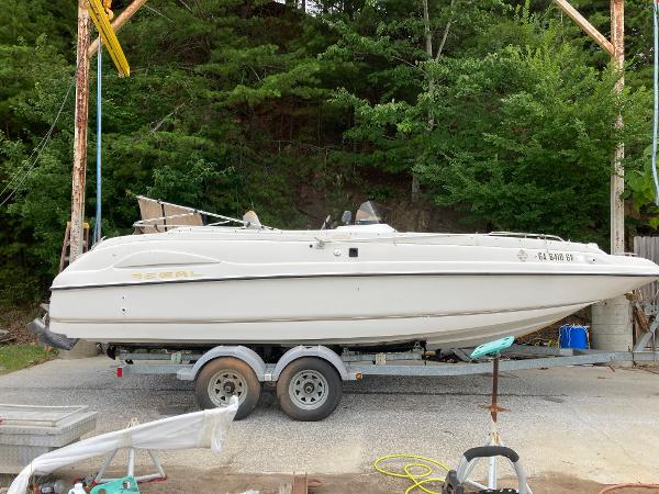 1999 Regal boat for sale, model of the boat is Destiny 240 & Image # 2 of 4