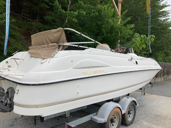 1999 Regal boat for sale, model of the boat is Destiny 240 & Image # 4 of 4