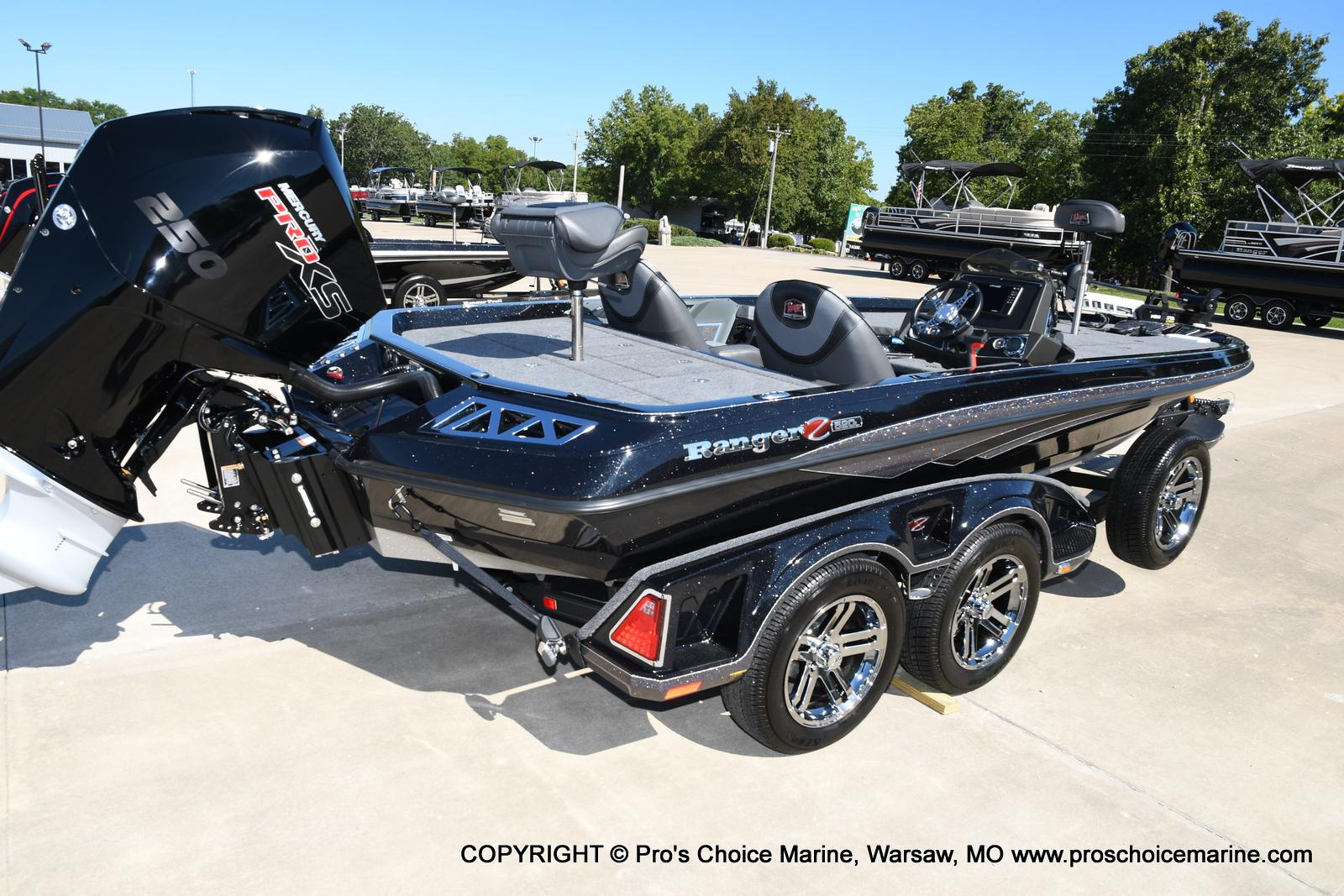 2021 Ranger Boats boat for sale, model of the boat is Z520L TOURING PACKAGE & Image # 14 of 50