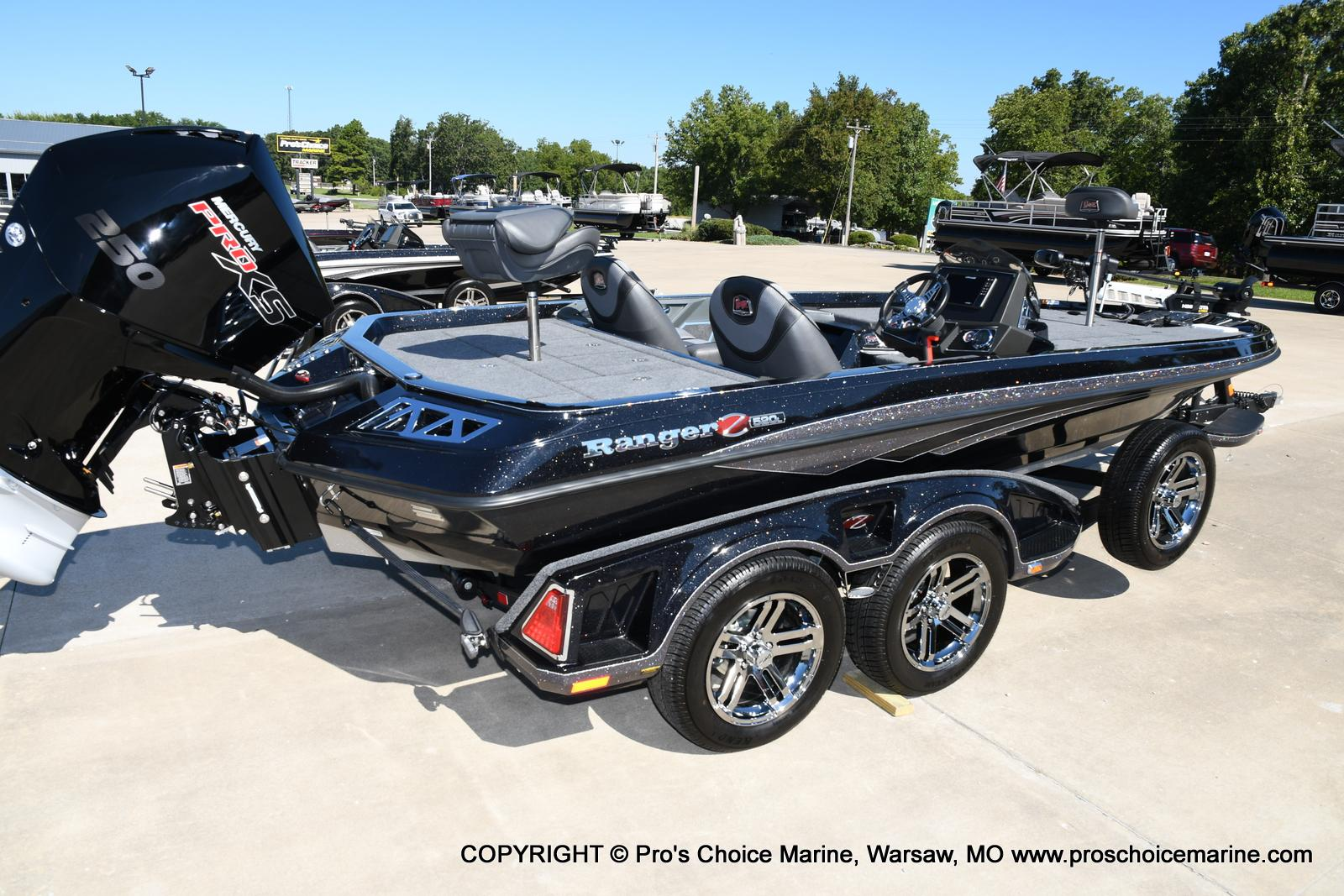 2021 Ranger Boats boat for sale, model of the boat is Z520L TOURING PACKAGE & Image # 15 of 50