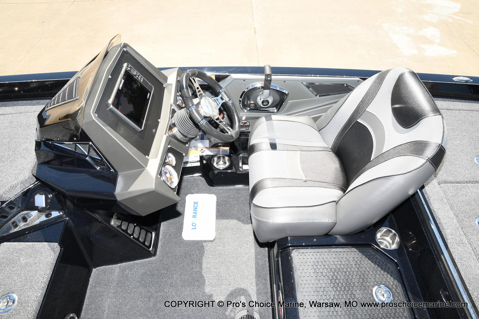 2021 Ranger Boats boat for sale, model of the boat is Z520L TOURING PACKAGE & Image # 7 of 50