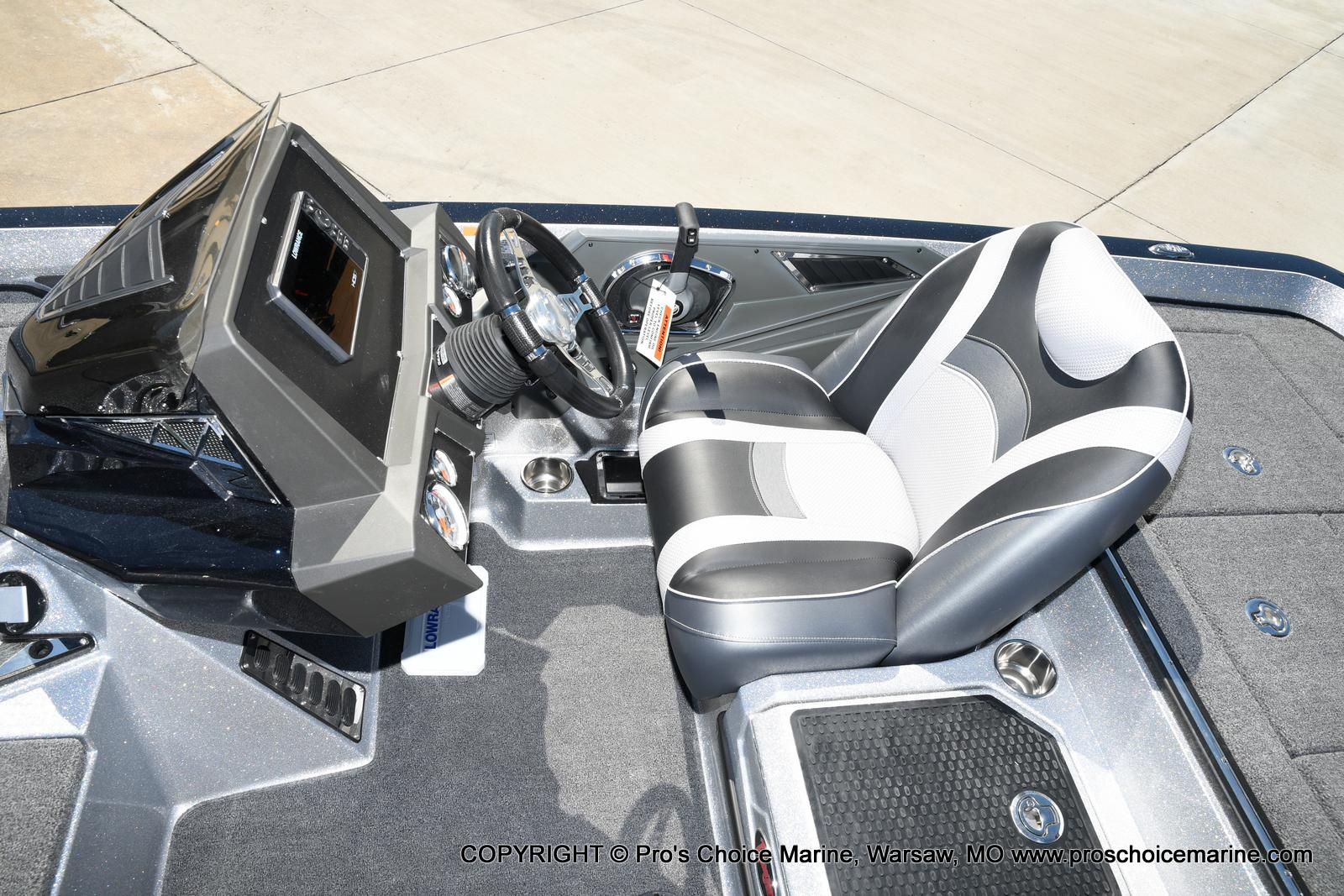 2021 Ranger Boats boat for sale, model of the boat is Z520L TOURING PACKAGE & Image # 18 of 50