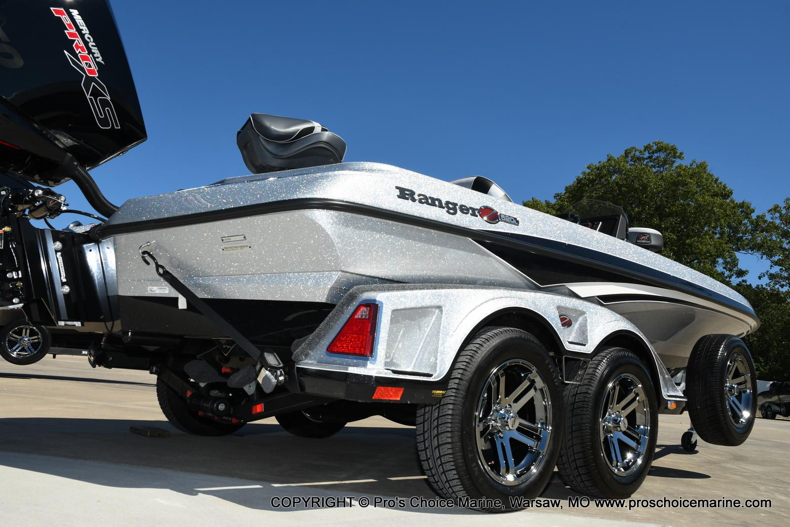 2021 Ranger Boats boat for sale, model of the boat is Z520L TOURING PACKAGE & Image # 3 of 50