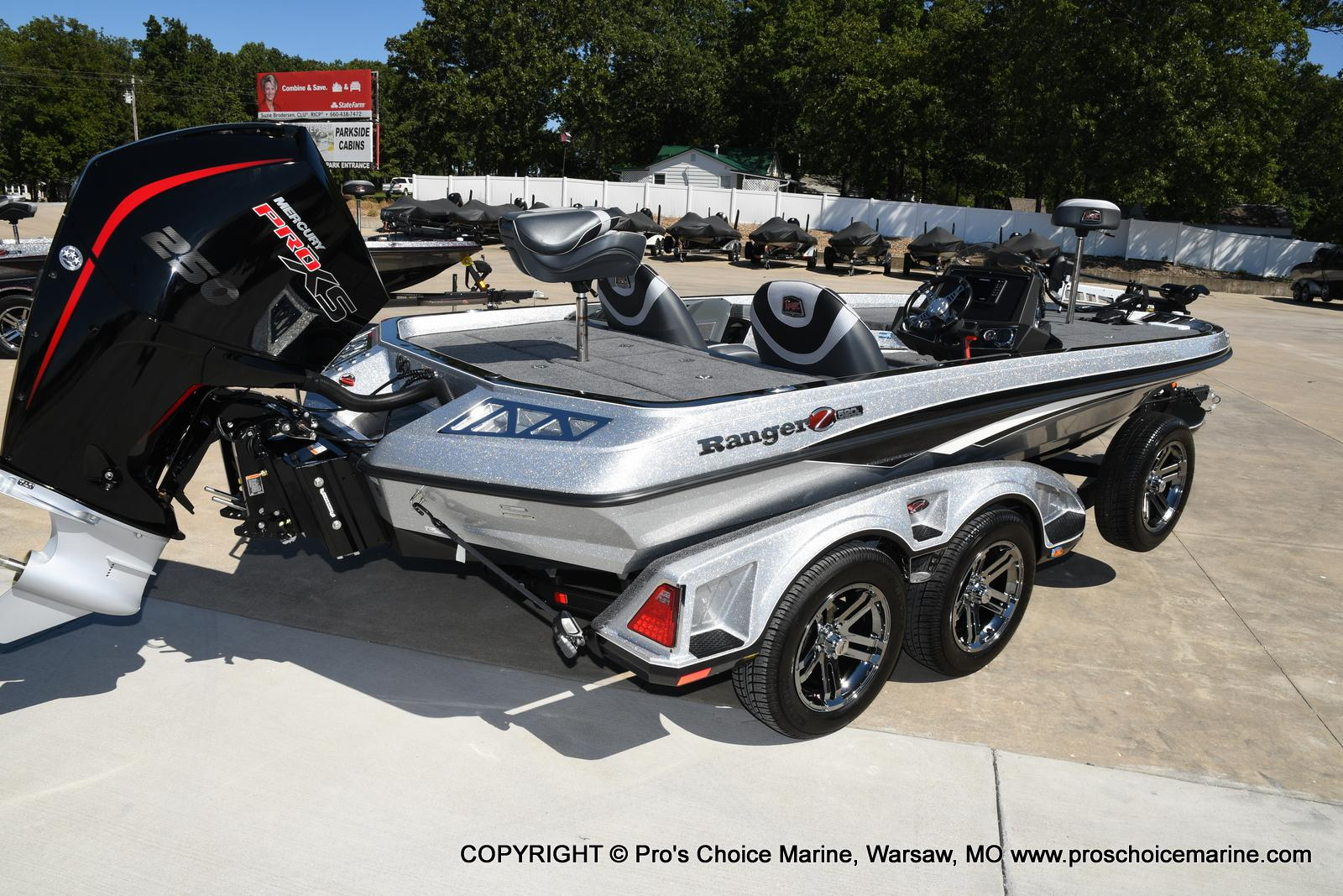 2021 Ranger Boats boat for sale, model of the boat is Z520L TOURING PACKAGE & Image # 4 of 50