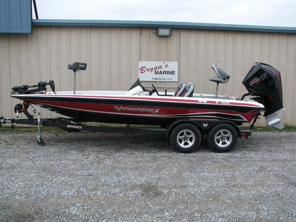 2019 Phoenix boat for sale, model of the boat is 819 PRO XP & Image # 1 of 18