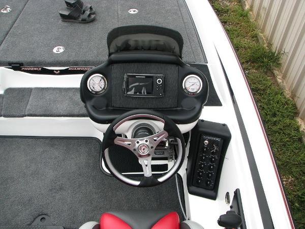 2019 Phoenix boat for sale, model of the boat is 819 PRO XP & Image # 8 of 18