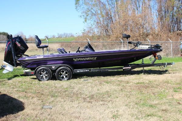 2019 Phoenix boat for sale, model of the boat is Popular Color Options & Image # 25 of 28