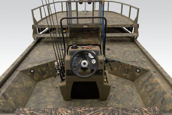 2021 Tracker Boats boat for sale, model of the boat is GRIZZLY® 2072 CC Sportsman & Image # 15 of 32