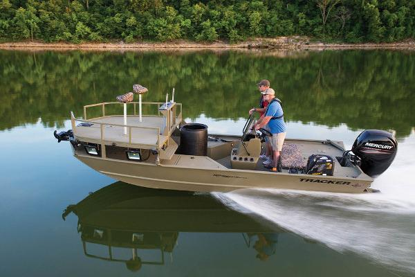 2021 Tracker Boats boat for sale, model of the boat is GRIZZLY® 2072 CC Sportsman & Image # 29 of 32