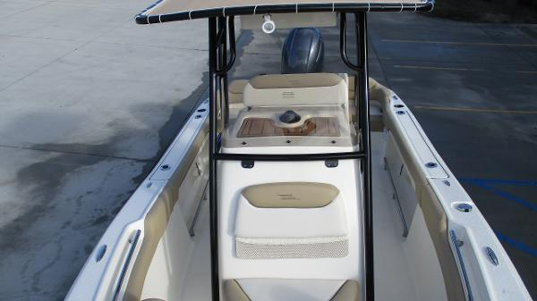 2021 Pioneer boat for sale, model of the boat is 202 Islander & Image # 10 of 47