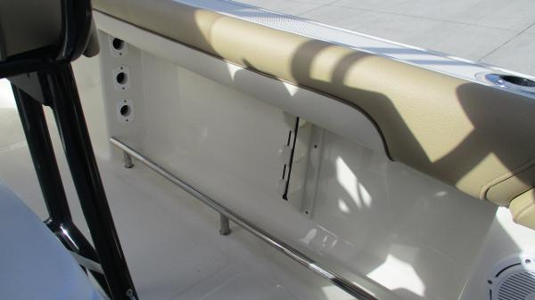 2021 Pioneer boat for sale, model of the boat is 202 Islander & Image # 36 of 47