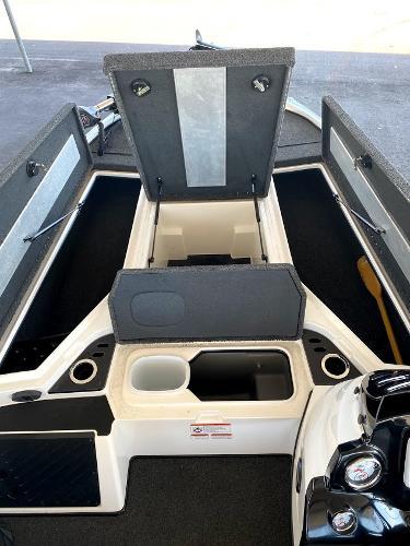 2017 Nitro boat for sale, model of the boat is Z18 & Image # 18 of 20