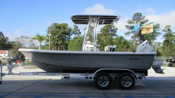 2021 Bulls Bay boat for sale, model of the boat is 2000 & Image # 4 of 46