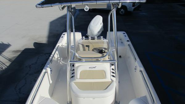 2021 Bulls Bay boat for sale, model of the boat is 2000 & Image # 10 of 46
