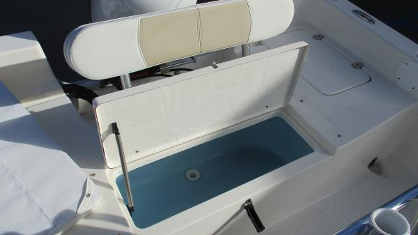 2021 Bulls Bay boat for sale, model of the boat is 2000 & Image # 20 of 46