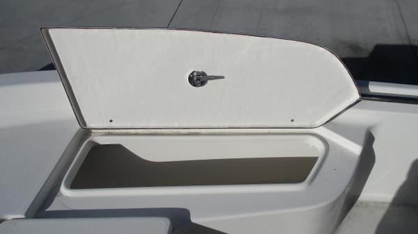 2021 Bulls Bay boat for sale, model of the boat is 2000 & Image # 38 of 46
