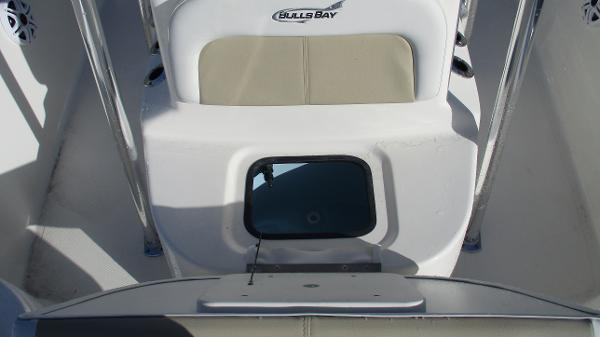 2021 Bulls Bay boat for sale, model of the boat is 2000 & Image # 40 of 46