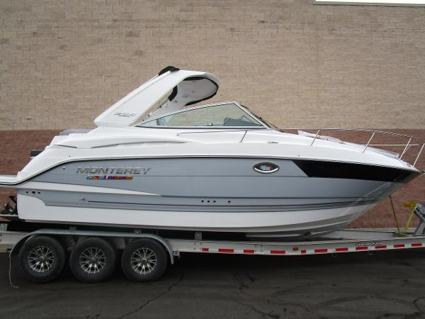 2021 Monterey boat for sale, model of the boat is 295 Sport Yacht & Image # 3 of 40