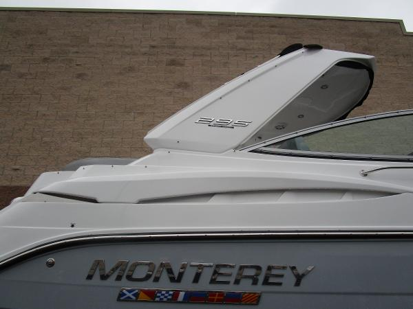 2021 Monterey boat for sale, model of the boat is 295 Sport Yacht & Image # 5 of 40