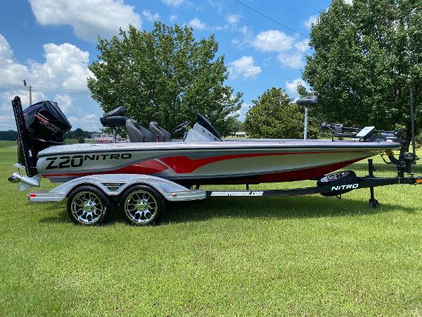 2022 Nitro boat for sale, model of the boat is Z20 & Image # 1 of 15