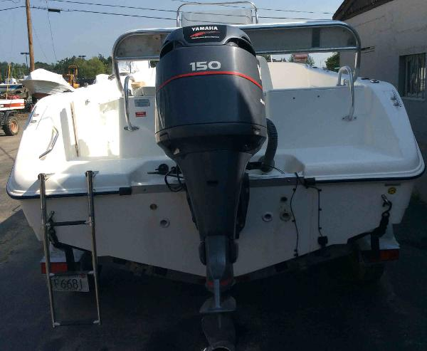 2000 Cobia boat for sale, model of the boat is 204 & Image # 3 of 7